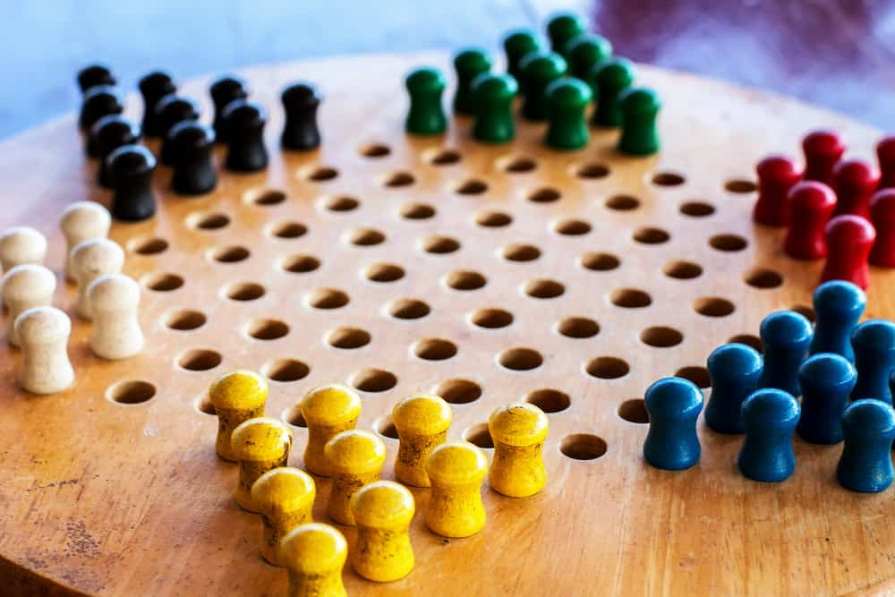Chinese multicolored checkers