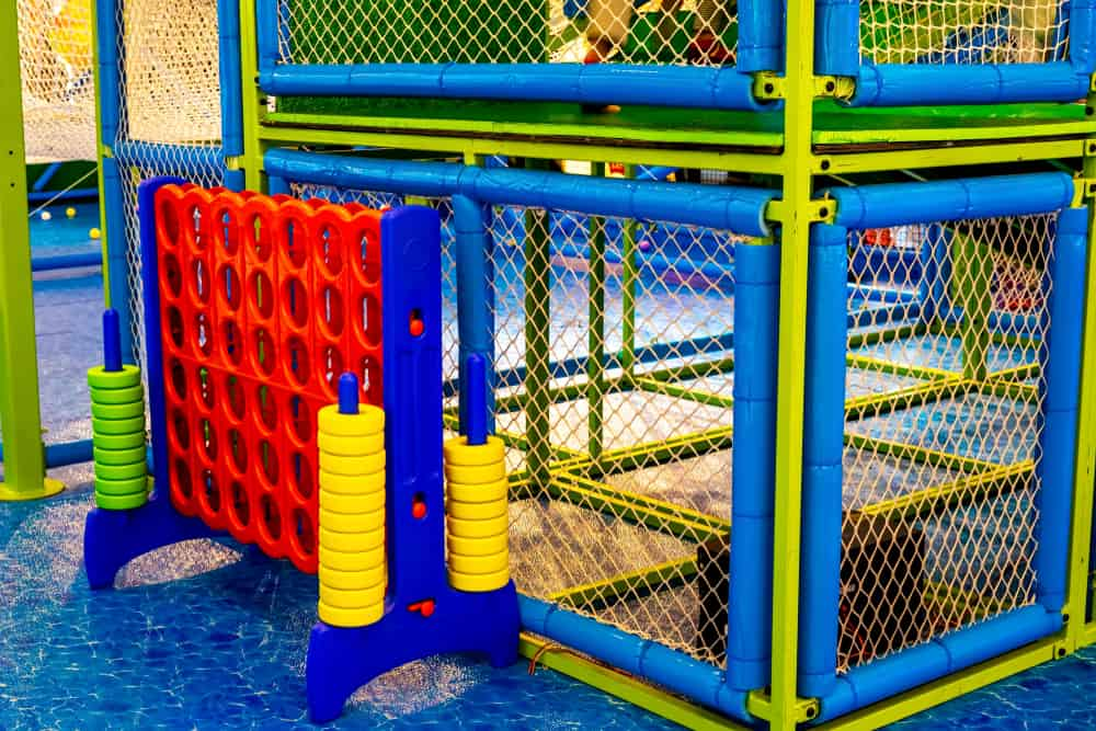 Playground with Giant 4 Connect
