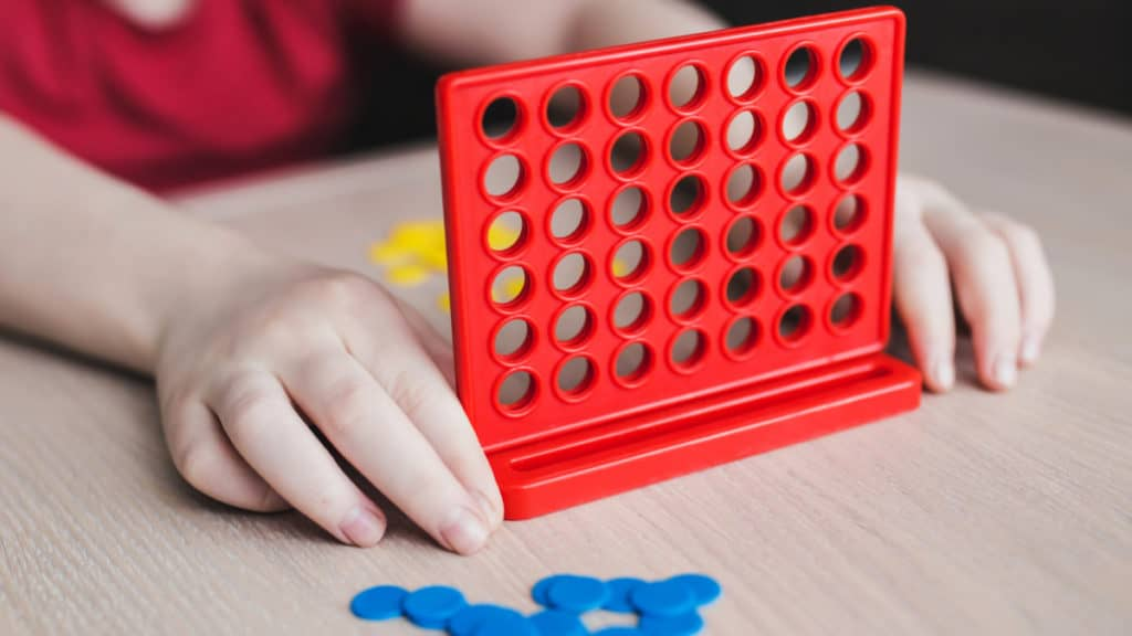 Setting up boardgame, Connect 4