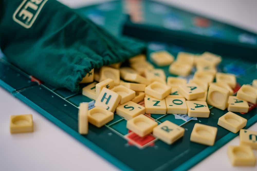 Random Scrabble game letter tiles