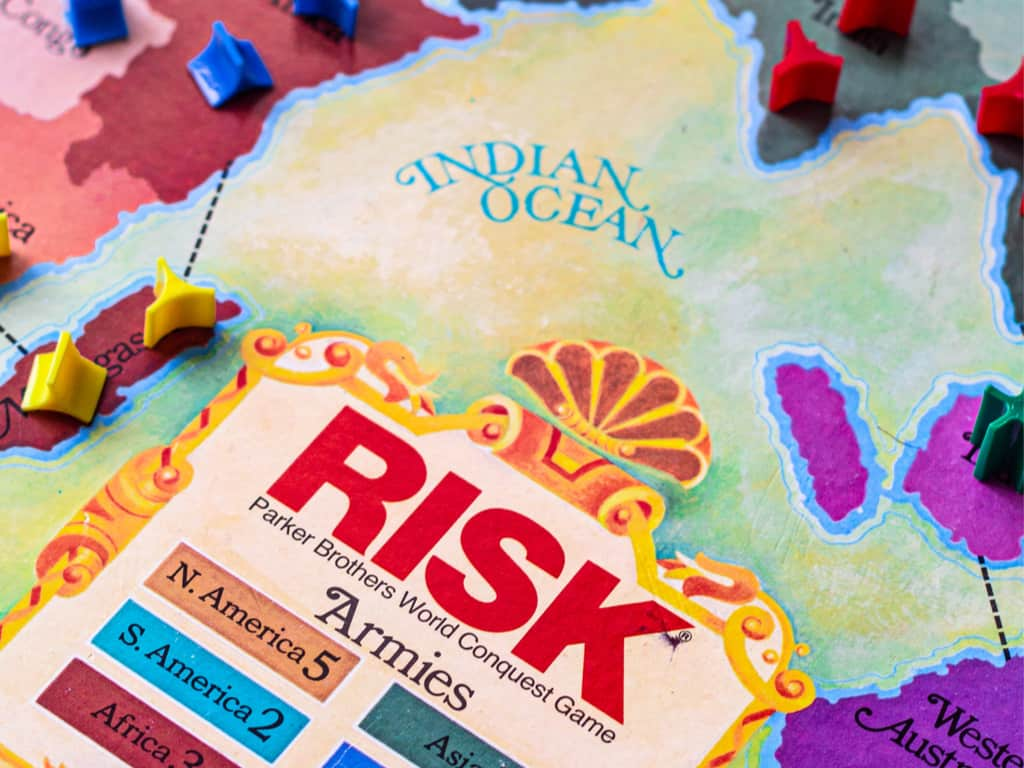 Risk board game - With cards, dice, and tokens 1